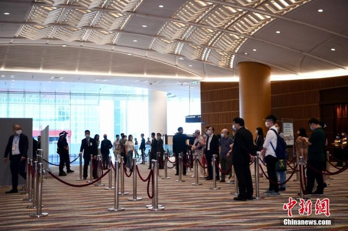 港媒舆论:选委会选举顺利举行 开启良政善治新篇章