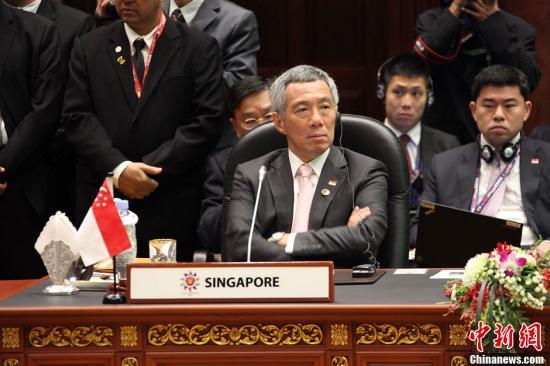新加坡总理称中国在电子支付领域走在最前端
