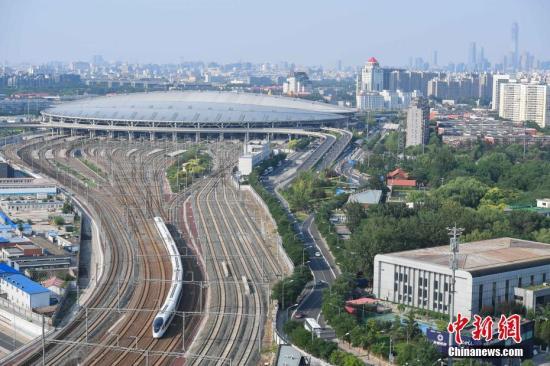 中国高铁时隔六年回归350公里时速 是否安全可靠?