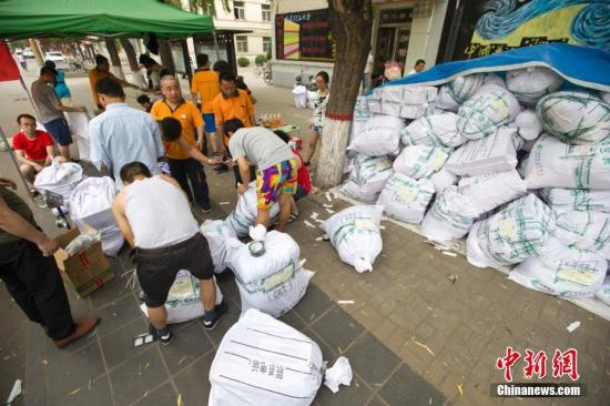 7月全国邮政业消费申诉123968件 快递服务占95.7%