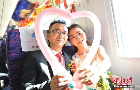 昆明半数婚礼花费超过10万元 为何那么贵?