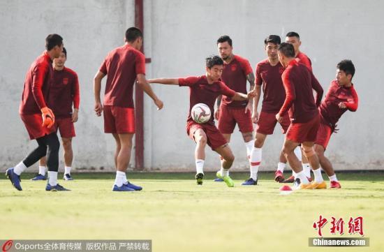 质料图:中国足球大环境,绝非任何一名大牌熬炼都能完满适应。 图片起源:Osports全体育图片社