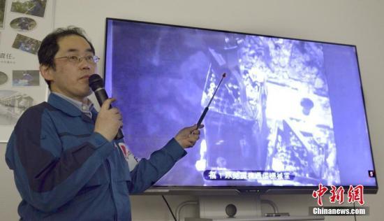 2019年4月15日消息。福岛一核3号机组燃料搬出作业启动 第一核电站1至6号机组中,2014年4号机组完成了燃料取出作业。1、2号机组目前处于在燃料池附近推进调查等工作的阶段,力争以2023年度为大致目标启动作业。未发生堆芯熔化的5、6号机组内也保管着燃料。